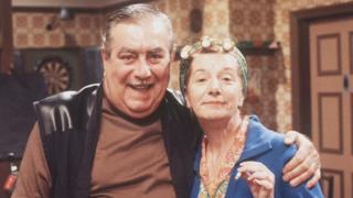 Stan (Bernard Youens) & Hilda Ogden (Jean Alexander)