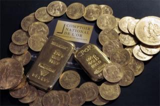 Архивная фотография золота