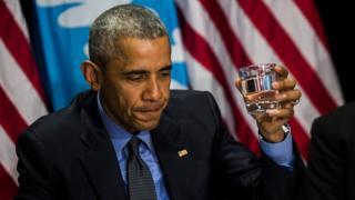 Obama drinking water in Flint