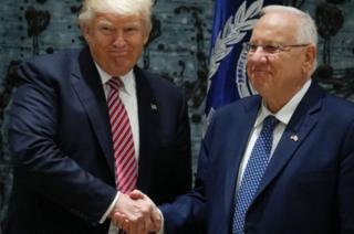Tổng thống Israel Rivlin đón tiếp Tổng thống Trump