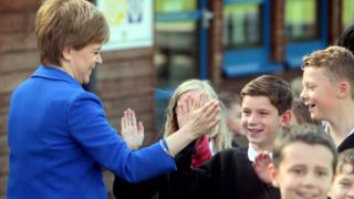 Sturgeon and schoolhildren