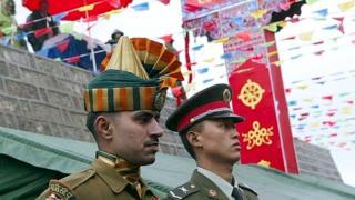 چینی اور انڈین فوجی