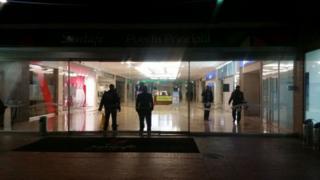 Centro comercial Santafé.
