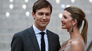 賈里德·庫什納(左)與妻子伊萬卡·特朗普(資料圖片)