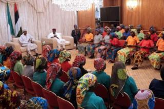Abakobw aba Chibok ngo ntibarahuzwa n' imiryango