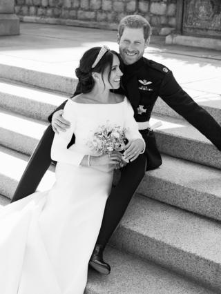 Harry and Meghan on the steps