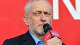 工党领袖科尔宾