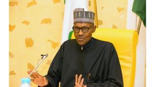 Le Président Muhammadu Buhari s'adressant à son cabinet après son retour de Londres en Mars