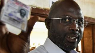 Mwanasoka maarufu George Weah ashinda urais Liberia