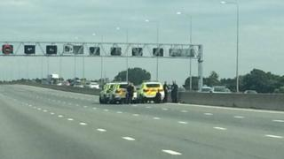 Suspect arrested on the M25 in Essex