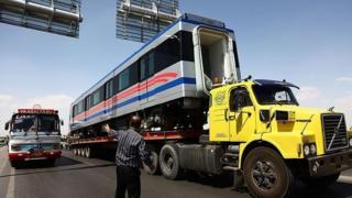 واگنهای قطار شهری در اصفهان
