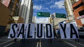Protesta de personal sanitario en Caracas.