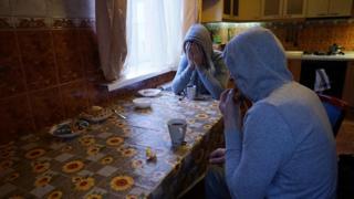 Qochishga va Moskvada yashirinishga muvaffaq boʻlgan chechen geylar