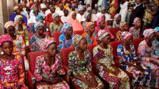 Niñas de la escuela Chibok liberadas en octubre de 2016