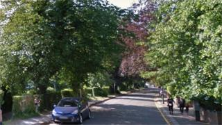 Russell Hill Road, Purley