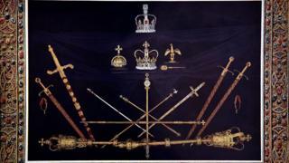 Британские королевские регалии