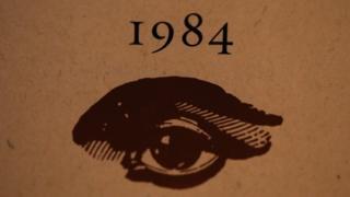 ยอดขายนวนิยายเรื่อง 1984 เพิ่มขึ้นอย่างรวดเร็ว หลังจากพิธีสาบานตนรับตำแหน่งของประธานาธิบดีของทรัมป์