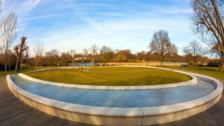 Меморіал Принцеси Діани, Гайд-парк, Лондон