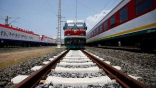 Une ligne ferroviaire construite par une société chinoise, entre l'Ethiopie et Djibouti, a été inaugurée le 5 octobre.