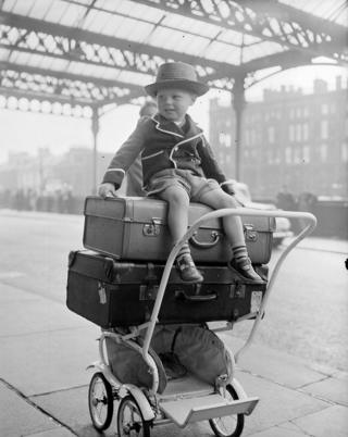 Paul Flannigan, 3, at St Enoch Station in 1957.