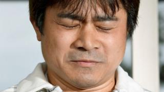 何がしつけで何が虐待か、日本中が議論した。写真は、息子が発見され記者会見する父親(3日、函館市)