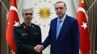 رجب طیب اردوغان نخست وزیر ترکیه و محمد باقری رئیس ستاد کل نیروهای مسلح ایران هفته گذشته در آنکارا با هم دیدار کردند