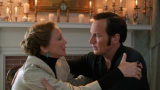 Vera Farmiga and Patrick Wilson in The Conjuring 2