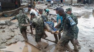 Kolombiya'da toprak kayması: