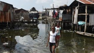Les expulsions d'Otodo Gbame font partie d'une politique à l'échelle nationale concernant jusqu'à 300 000 personnes vivant dans des installations précaires au bord de l'eau.