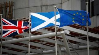 Scottish and UK governments to hold fresh Brexit talks