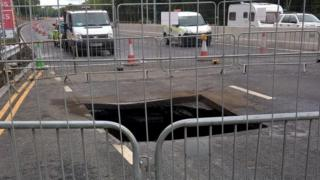 Hole on A1 at Lobley Hill