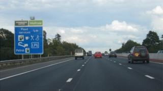 Fleet Services sign on the M3