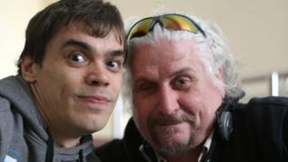 Жители Екатеринбурга Игорь Беляков (слева) и Андрей Бабушкин после приема у мэра Евгения Ройзмана