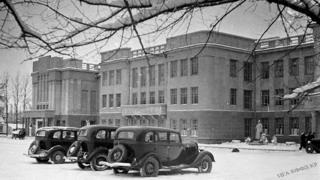 Фрунзедеги өкмөт үйү. 1939-жыл.