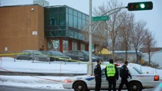 警方目前尚未對外界說明兩人作案的動機,稱正在調查這起案件。
