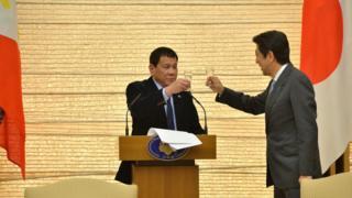 Ông Duterte mới thăm Nhật Bản sau khi thăm Trung Quốc