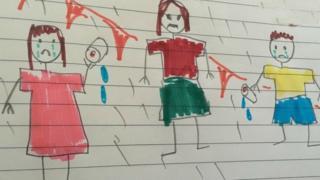 Dibujo infantil de dos niños llorando y una mujer enojada.