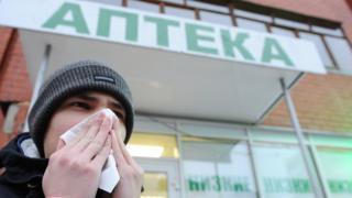 Простуженный мужчина