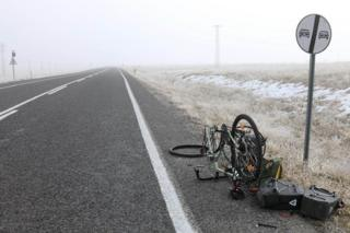A puncture in a -3C ice-fog en route to Turkey's Taurus mountains