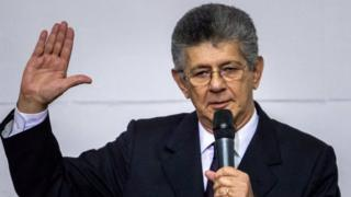 Opposition leader and National Assembly President, Henry Ramos Allup, is sworn in in Caracas on 5 January 2016