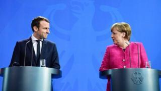 президент Франции Эммануэль Макрон и канцлер ФРГ Ангела Меркель
