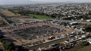 San Pablito market in Tultepec, after fire