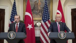 Turkish President Recep Tayyip Erdogan (left) and US President Donald Trump at a news conference in Washington. Photo: 16 May 2017