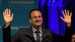لیو وردکار، پزشک ۳۸ ساله همجنسگرا، جوانترین نخست وزیر تاریخ ایرلند میشود