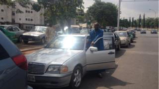Nigeria fuel queue