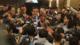 台灣前總統馬英九以洩密罪起訴
