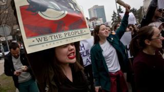 Kosova'daki eylemciler