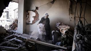 Cizre'de yıkılan ev