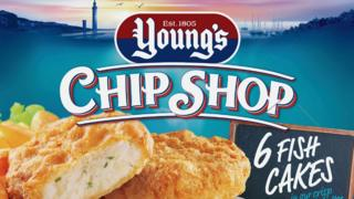 A picture of the Young's Chip Shop fish cakes packaging