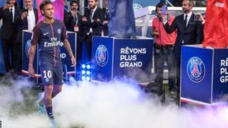 Bercelone yitwariye Neymar kubera yimukiye muri PSG
